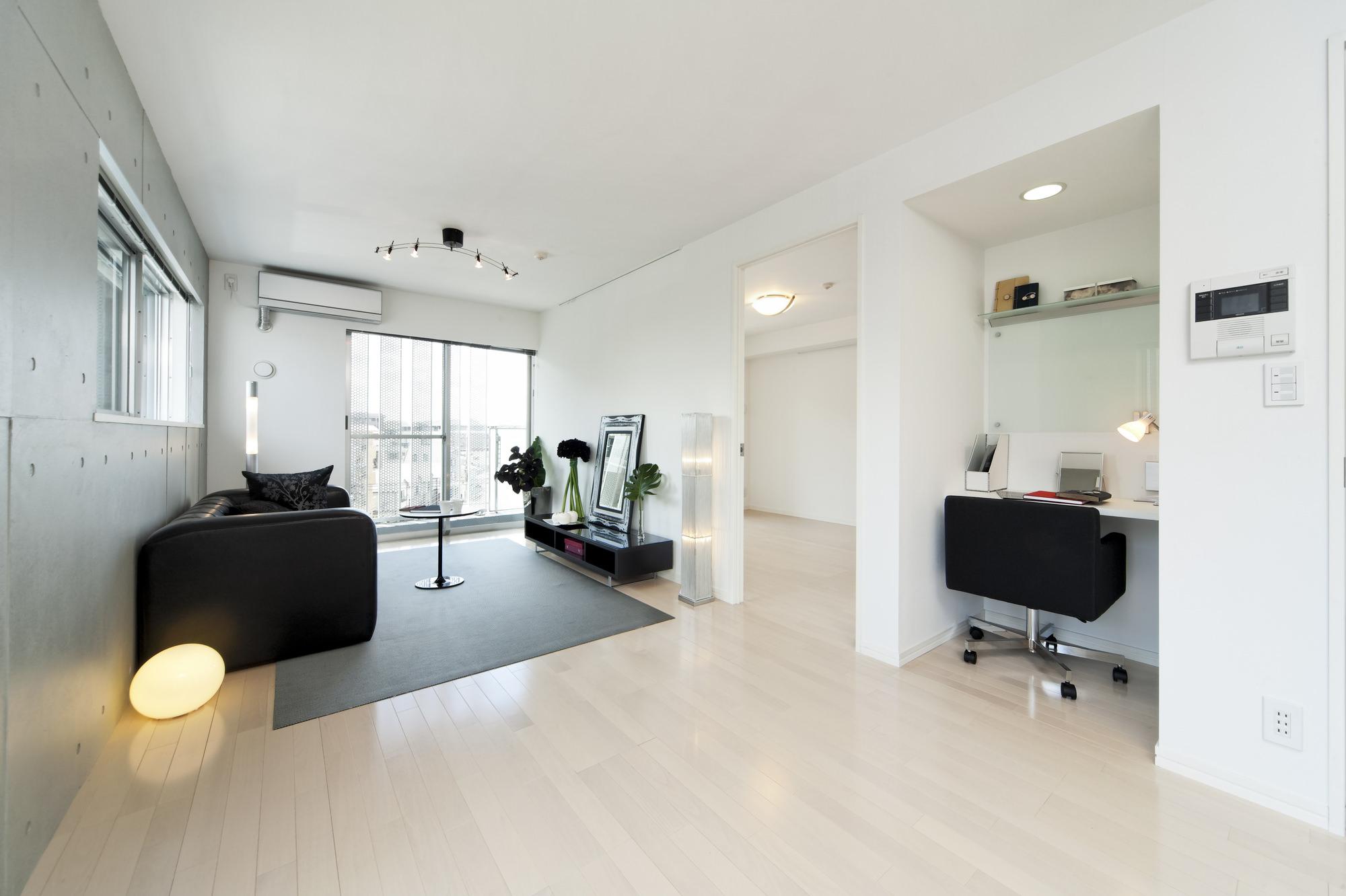 モノトーンでシンプルな部屋白黒インテリアで部屋をコーディネート
