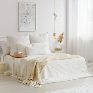 ホワイトインテリアのベッドルーム